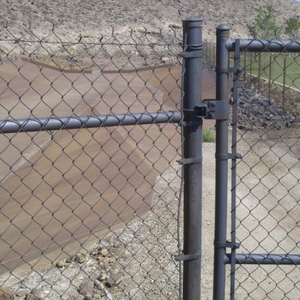 Natina Natural Colorant Steel Fence in Nevada